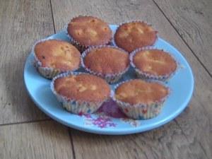 Mini Mango Cupcakes