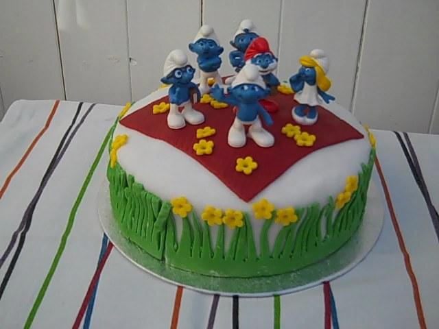 Smurf Birthday Cake Grannys Kitchen